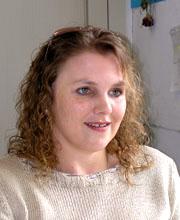 Doris Paulus, Verwaltungsangestellte