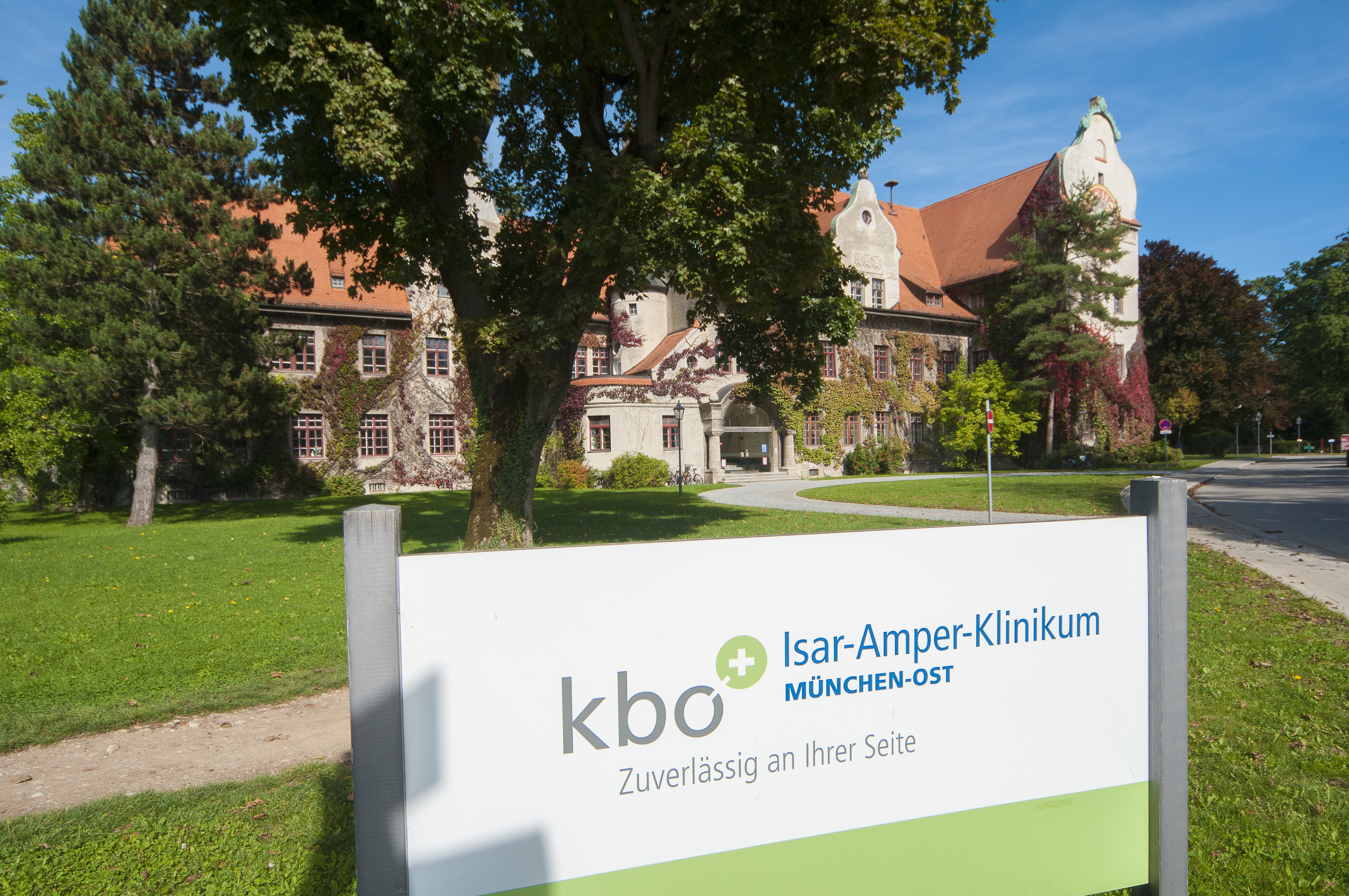 10 jahre kliniken des bezirks oberbayern bezirk oberbayern